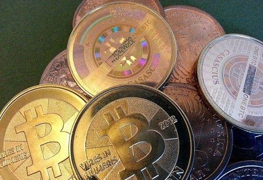 Bitcoin a Bitcoin Cash po rozdělení svorně oslabují - Zprávy Krize15