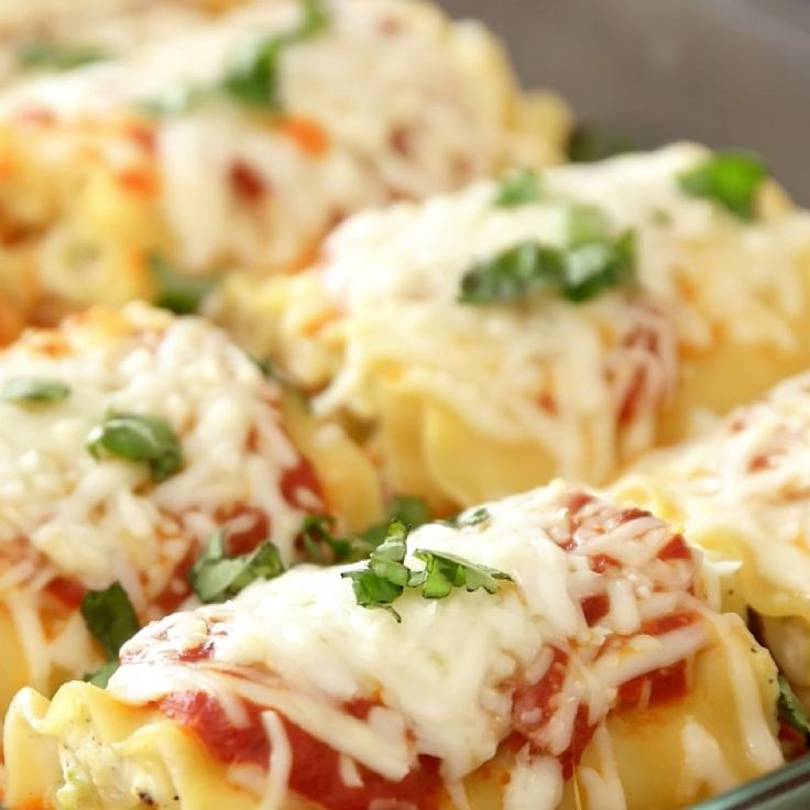 These Lasagna Roll Ups are made with grated zucchini for a delicious and easy dinner the whole family will love. See how to make them!