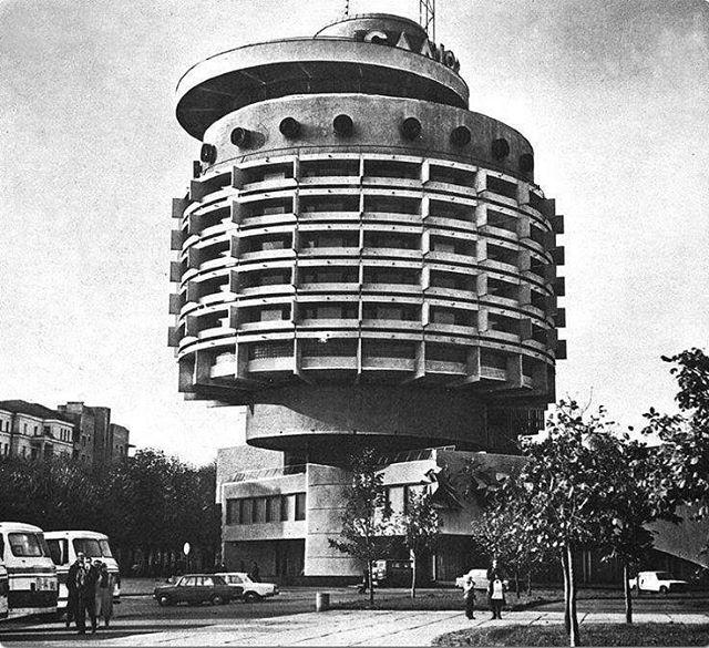 "(@brutgroup) on Instagram: ""Hotel Salut, Kiev/ 1984 #brutgroup #socialistmodernism"""