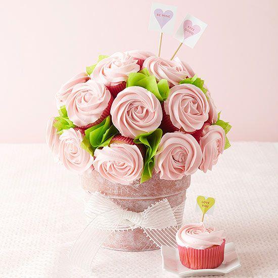 Easy Cupcake Valentine's Day Bouquet