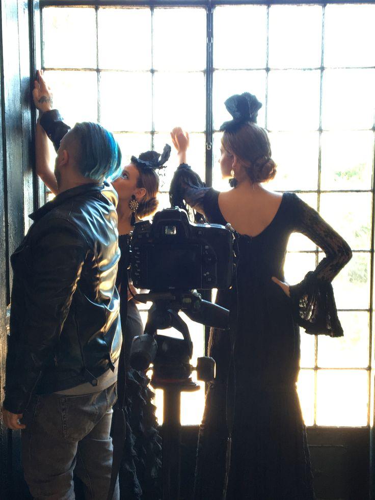 Preparando la nueva temporada 2018 de alquiler de moda flamenca www.beflamenca.es Alquiler de trajes de flamenca #photoshoot #modaflamenca #feriadeabril #experienciaflamenca