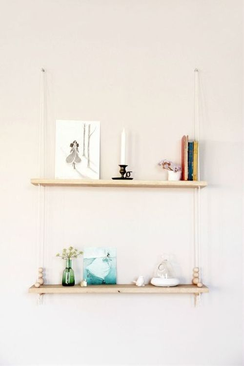 Hanging shelves makeup : Diy hanging shelf