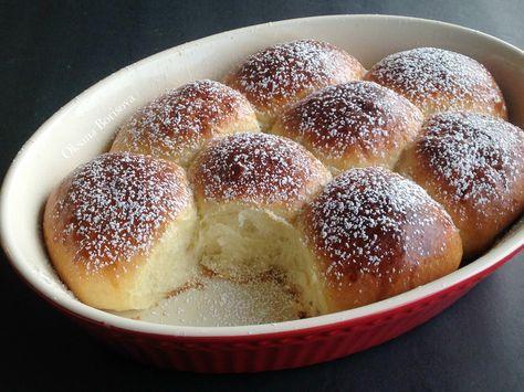Сегодня я с вкусными, сладкими и нежными немецкие булочками Бухтельн. Для опары: 300 мл теплого молока 35 г свежих дрожжей (3+ 1/4...