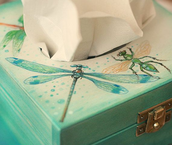 Natural wooden hand painted tissue box ornamented by SkadiaArt