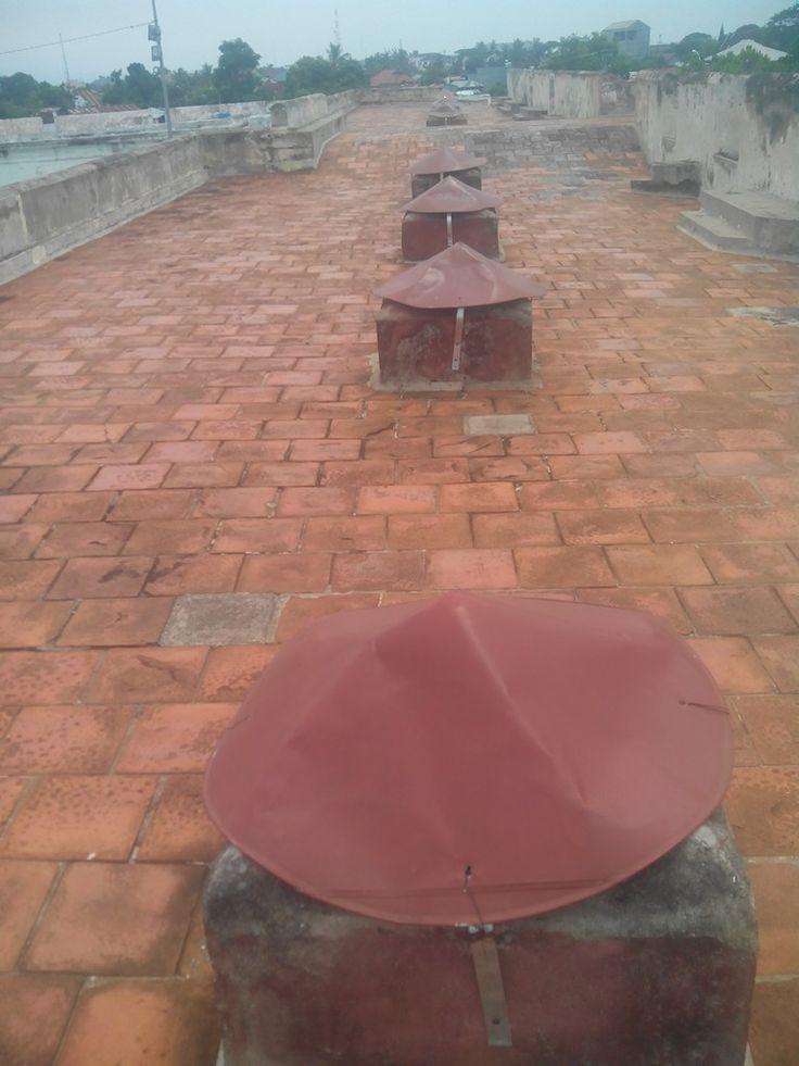 bagian atas benteng fort marlboroug kota bengkulu
