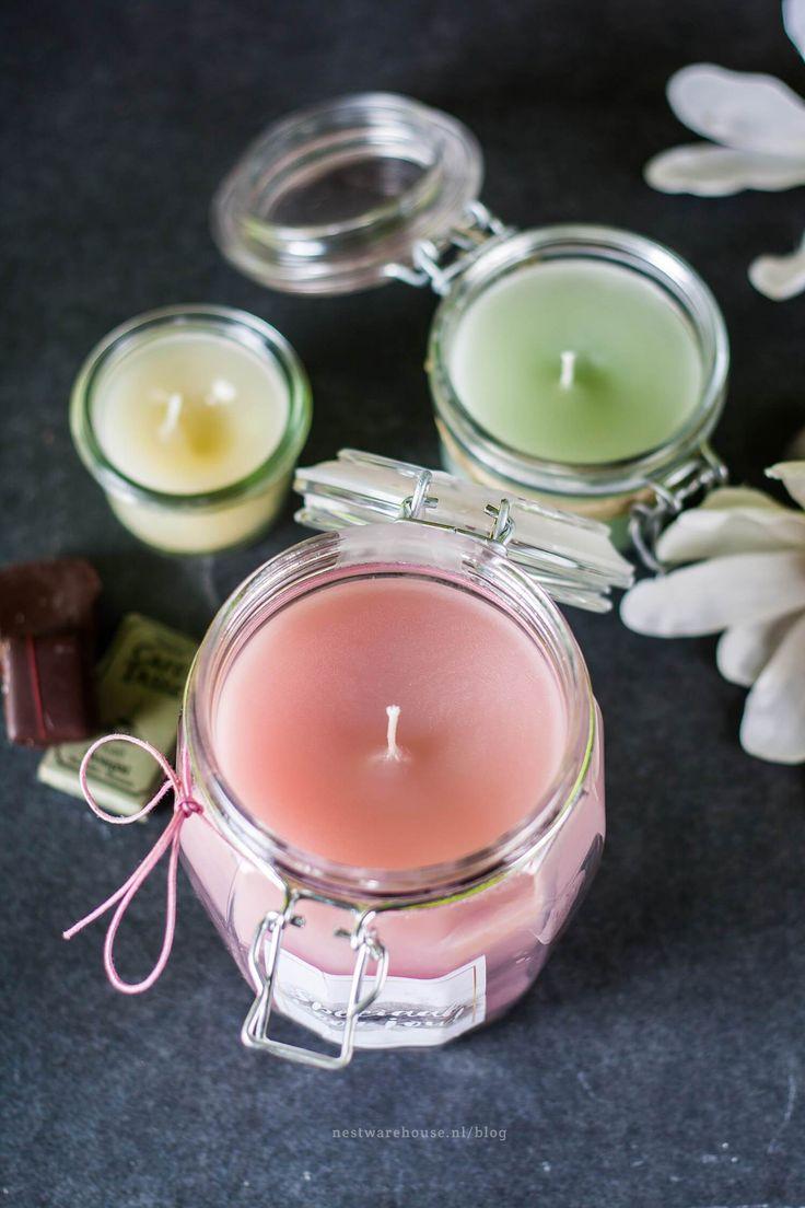 Altijd al een keer zelf kaarsen willen maken, maar vond je het aanschaffen van alle benodigdheden too much? In deze DIY gebruiken we gewoon normale stompkaarsen als basis!