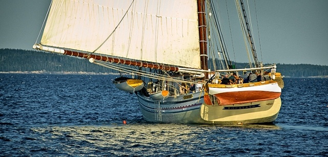 Oh, to be sailing on the Heritage!