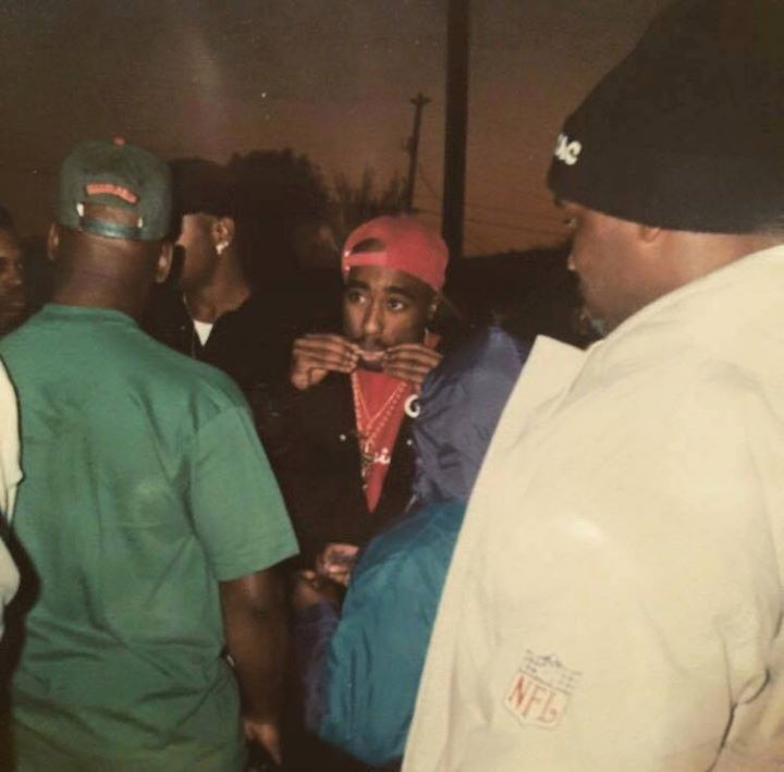 Could Tupac be LIVING in Somalia? Rap legend 'spotted' over 20 years after murder