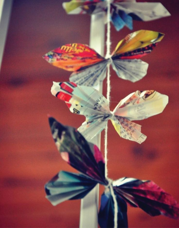 121 best images about paper butterflies on pinterest for How to make paper butterflies for wall