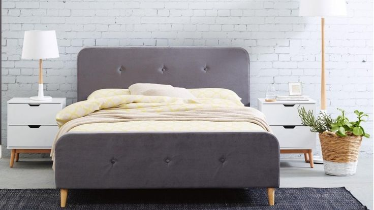 Toledo Queen Bed
