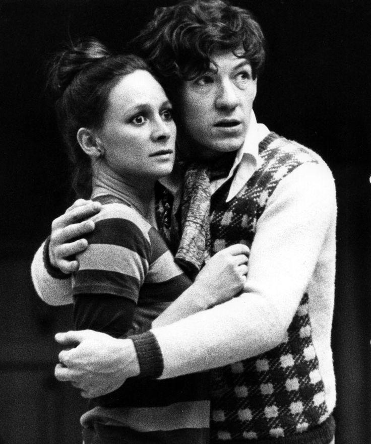 """Йен МакКеллен и Франциска Аннис репетируют """"Ромео и Джульетту"""" в 1976 г. А записи спектакля не сохранилось, и я штрадаю...."""