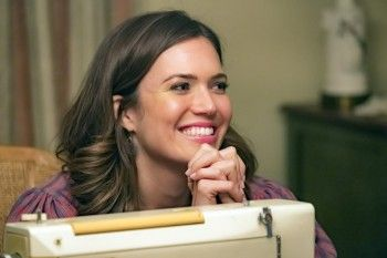 These days, fans have been talking to Mandy Moore in droves about her hit NBC series, This Is Us. But surprisingly, she says a lot of people are still talking about a movie she made more than 15 years ago. #MandyMoore #thisisus #AWalktoRemember #Movies #TV #entertainment #Entertainmentnews