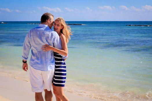 Сбегите от всего мира с вашей второй половинкой. Переживите нежность и страсть в романтическом оазисе на берегу Карибского моря. http://rivieramaya.grandvelas.com/russian/