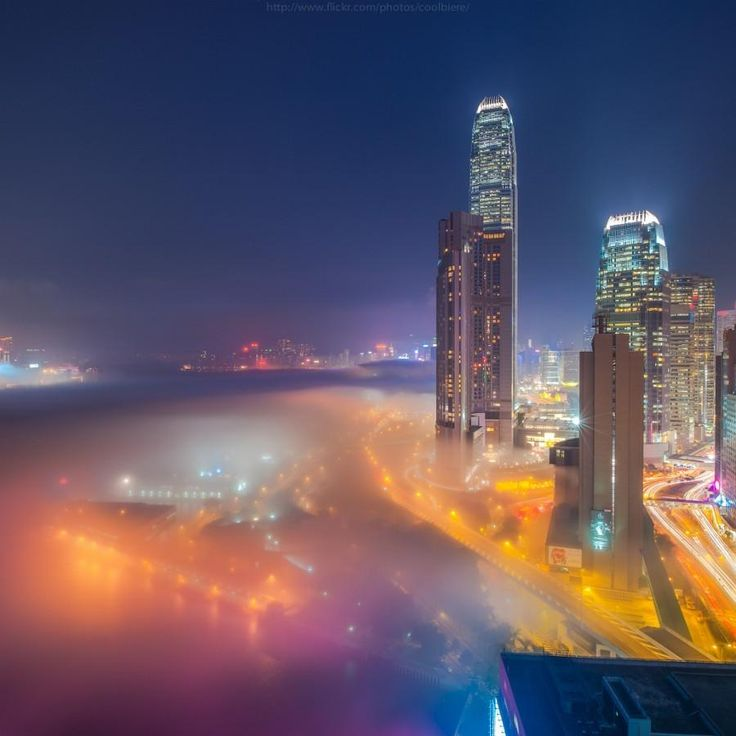 Popular on 500px : Misty Hong Kong by Vorrarit #photography http://ift.tt/1udvPG8 pic.twitter.com/jFjZrOlx7v
