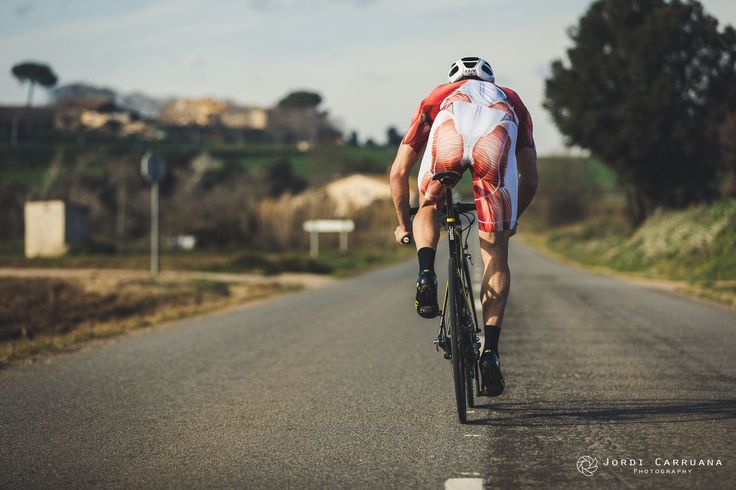 https://flic.kr/p/RdTLdJ | muscle and cycling | Photo by Jordi Carruana model: Arnau M. cycling kit: muscleskinsuit.com