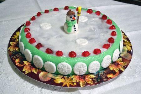 La cassata napoletana, variante più leggera della classica ed originale cassata sicialiana, è la regina indiscussa dei dolci natalizi napoletani
