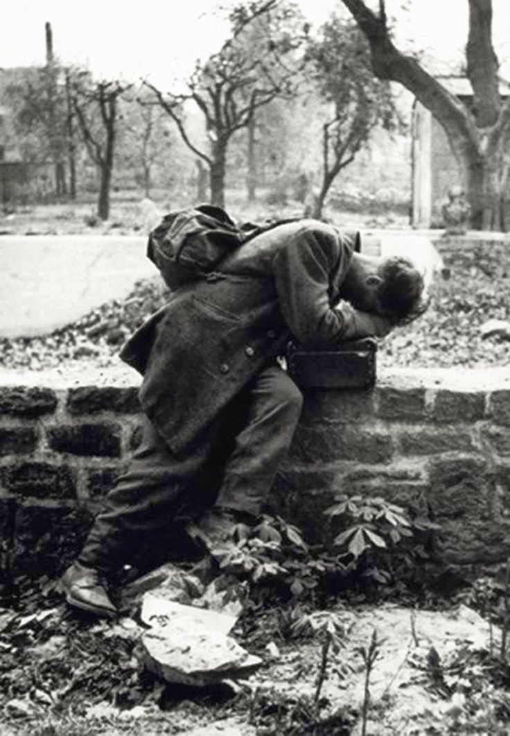 German soldier returns home in Frankfurt, only to find his family no longer there, and house bombed. 1946