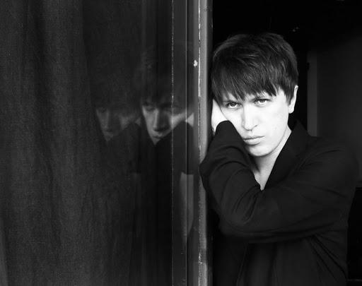 Dima Loginoff © 2011