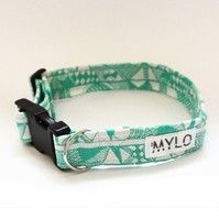 MR MYLO green and white patterned dog collar