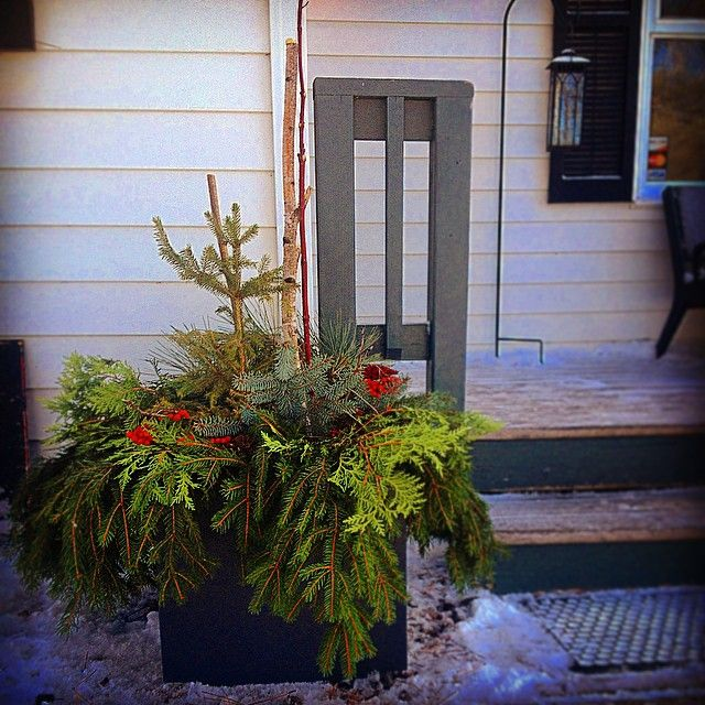 Winter urn made from loll designs modern outdoor planter for Loll planters