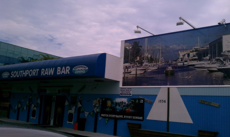 Water Taxi makes a stop here!  Southport Raw Bar Ft Lauderdale, FL