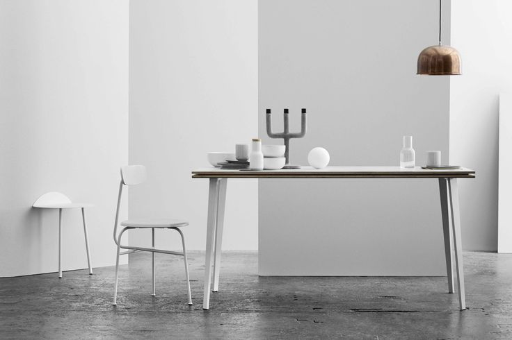 Afteroom Dining Chair 3 i ljusgrå #menu #afteroomstudio #minimalism #gråskala