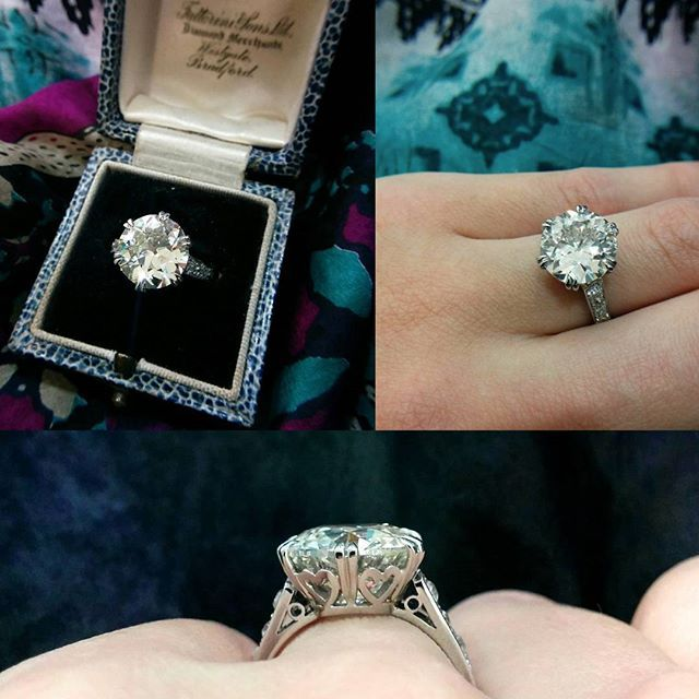 Absolutely incredible 5.28ct old cut diamond in a beautiful hand made platinum setting with diamond set shoulders #diamond #diamonds #oldcut #handmade #jewellery #antique #jewelry #love #want #expensive #hattongarden #farringdonsjewellery