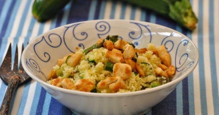Qui in Almaogni giorno in mensamangio taboulè di couscous, di quinoa o farro in insalata accompagnato da tante verdure diverse. I cer...