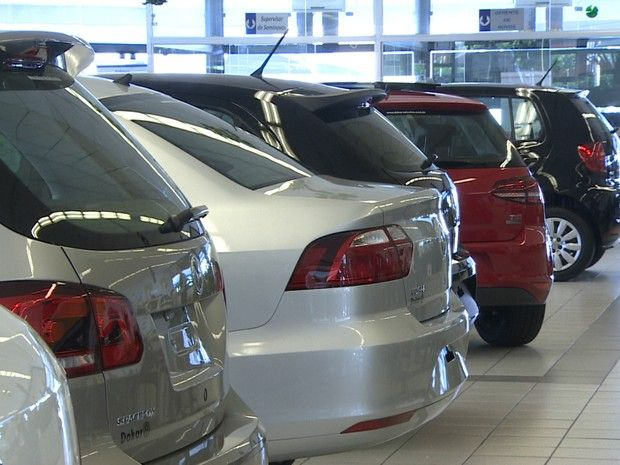 Venda de veículos cai 8,74% em novembro, diz Fenabrave - http://anoticiadodia.com/venda-de-veiculos-cai-874-em-novembro-diz-fenabrave/