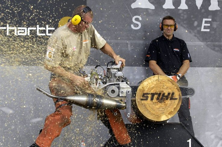 Lumberjack competition with a modified racing saw