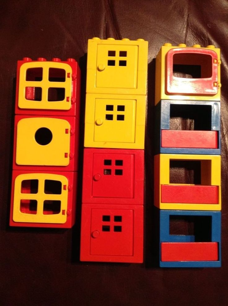 VINTAGE LOT Eleven 11 VTG DUPLO Hinged DOORS & WINDOWS Red,Yellow, Dark Blue #LEGO