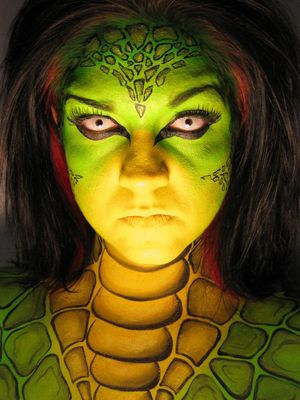 Reptile (click on the smaller images below to Enlarge) Pittsburgh, PA, USA Professional face-painter, and special effects make-up artist. Face Painting and Airbrush Tattoos specializes in full face and body