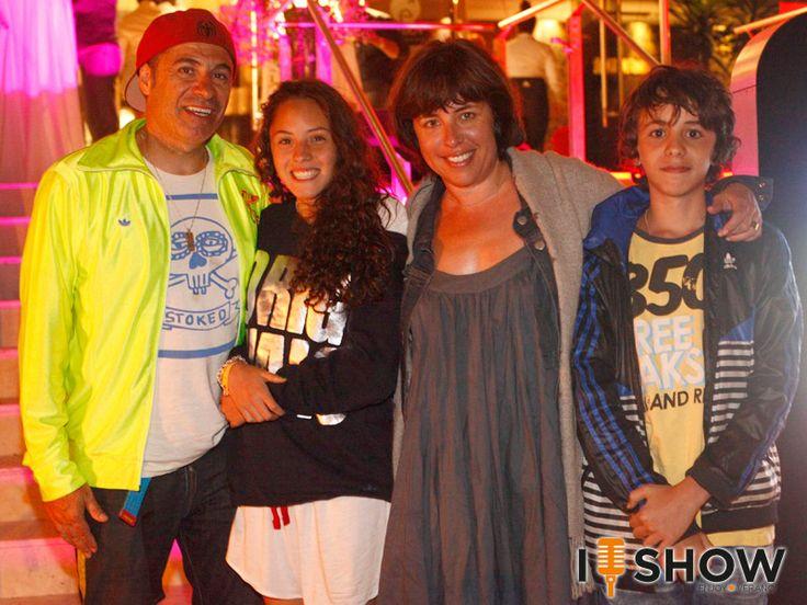 Fernando Larraín, Celeste Larraín, Gabriela Olivares e Iñaki Larraín. Enjoy The Sunset Enjoy Coquimbo