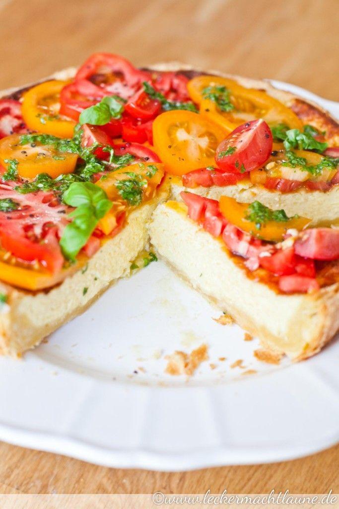 Parmesan-Tarte mit Tomaten-Salat | lecker macht laune