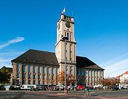 Berlin - Rathaus Schöneberg - Wikipedia, the free encyclopedia