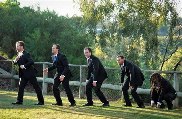 I'm so thankful that wedding photos have evolved too!  I found this on 'Pinned from Dump A Day 21 Funny Wedding Pictures'