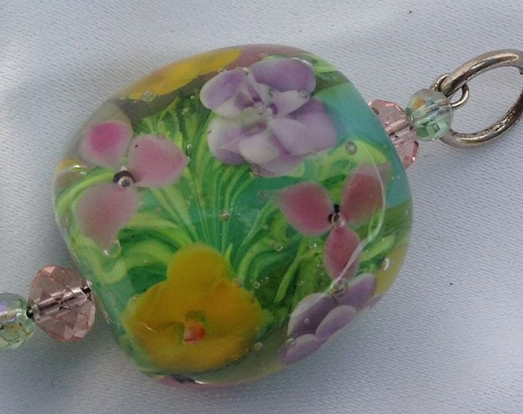 Softly spring, an encased floral bead by Vbeads, Brisbane Australia