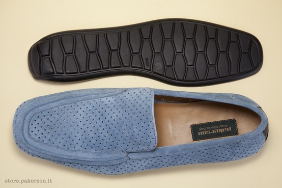 Real leather moccasins for men. Wear Italian handmade footwear. - Mocassini da uomo in vera pelle. Indossa le calzature Italiane artigianali.