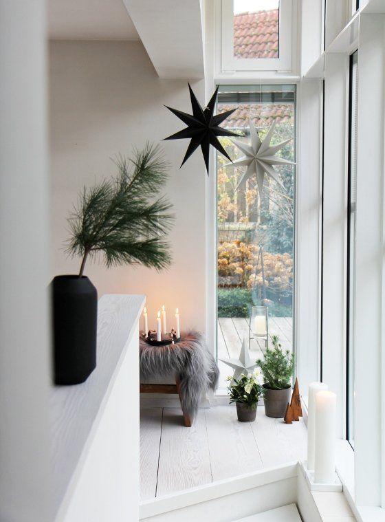die besten 25 treppenhaus dekorieren ideen auf pinterest osterbasteln holz oster verpackung. Black Bedroom Furniture Sets. Home Design Ideas