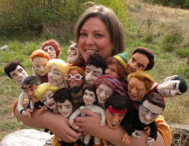 Meet Kay Petal: Fabulous needle artist!! Visit her web site to see her amazing Felt Sculpture Dolls! Felt Alive Sculptural Needle Felting, Needle Felted Celebrity Dolls, Video Workshops, Needle Felting Kit & Supplies