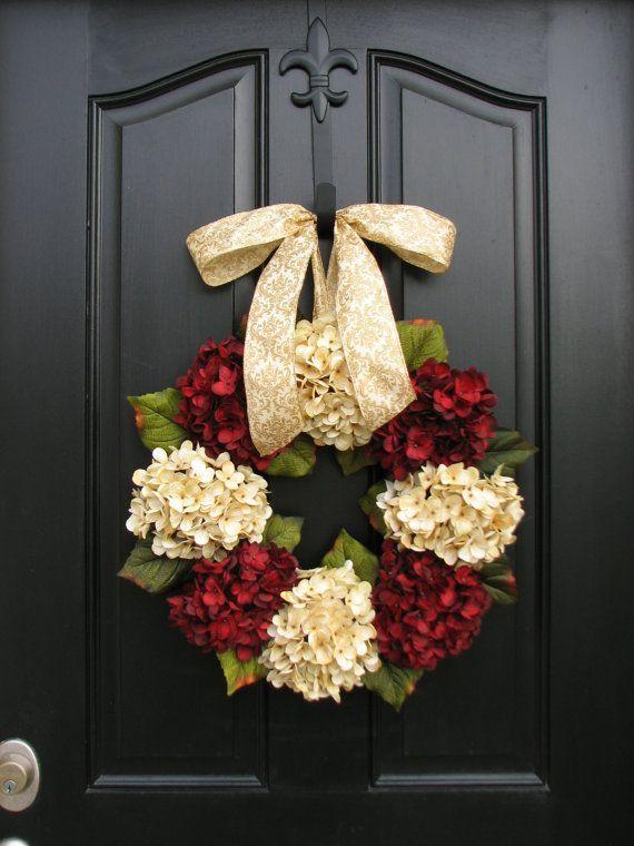 Merry Christmas Wreath, Traditional Christmas, Holidays, Christmas Wreaths, Hydrangeas, Home for the Holidays, Home Decor