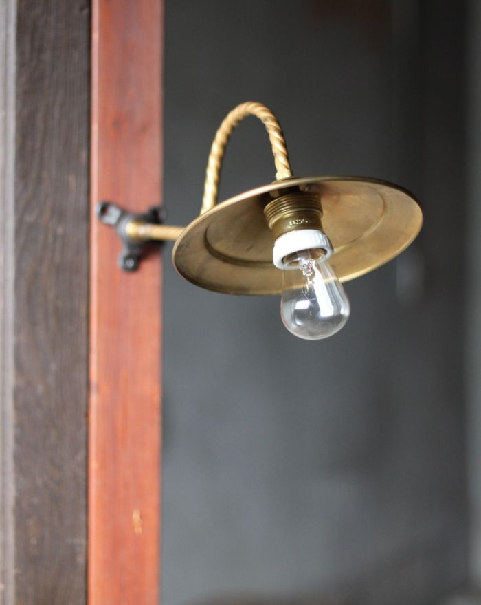 USA真鍮シェード工業系壁掛ライトB/アンティークウォールランプ