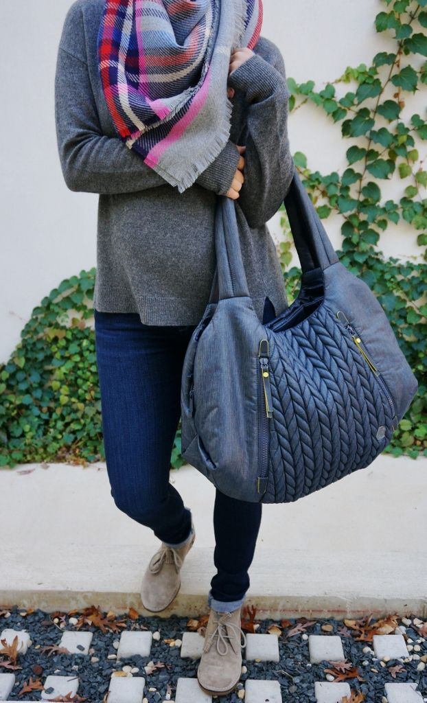 fall fashion // casual style // pregnancy style // blanket scarf