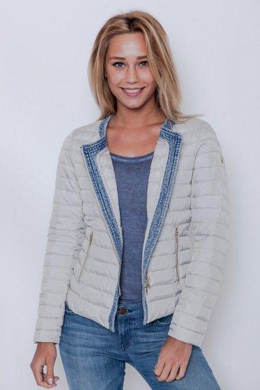 Les jolies doudounes ultra légères et sans plume d'oies de la marque italienne @peggyho_jacket sont en vente ici http://www.cesarenori.fr/88_peggy-ho