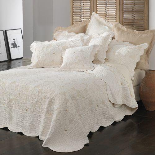 Bianca - Chardae - Bedroom Bedspreads – Adairs online