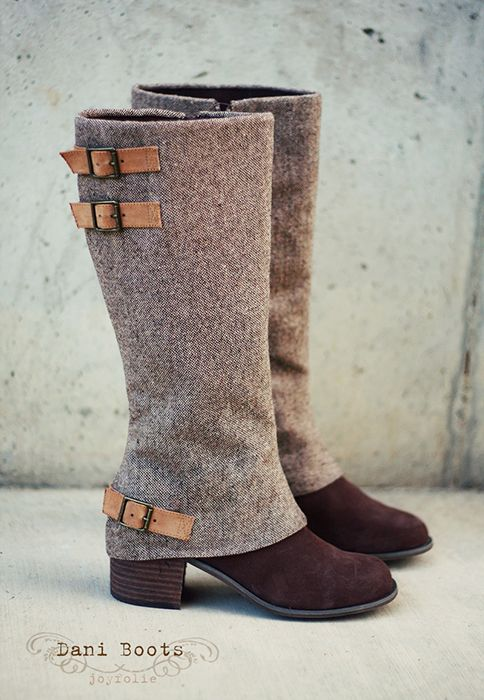 Very smart looking boots with contrasting colors and fabrics. The buckles are fantastic details!
