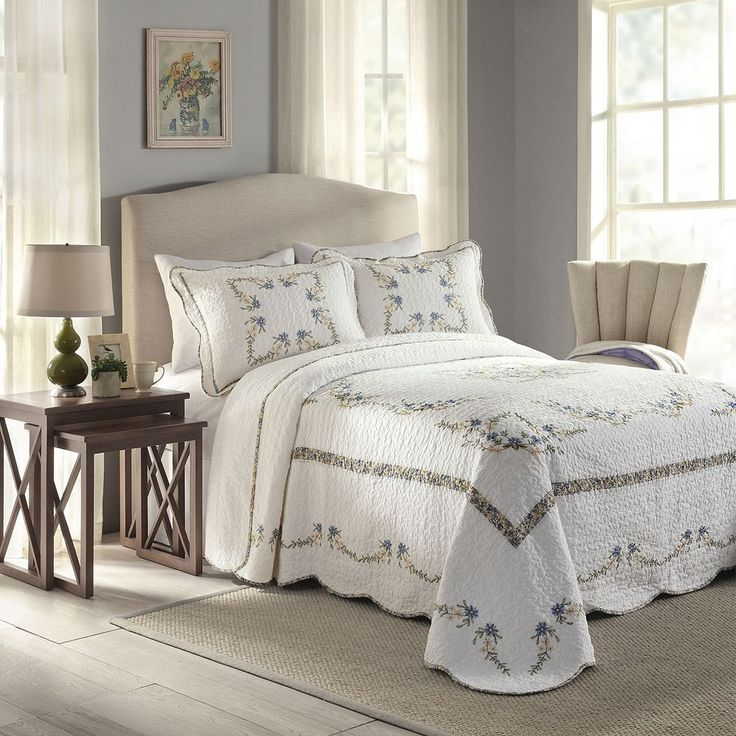 Peking Heather Quilted Bedspread, White