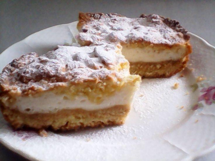 Honosný kráľovský koláč vhodný pre každú oslavu, po ktorom sa len tak zapráši!
