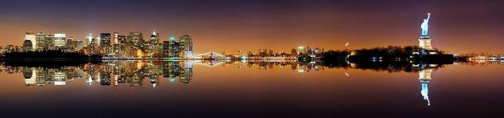 notte, Manhattan, Liberty Island, Statua della Libertà, New York, USA, panoramica