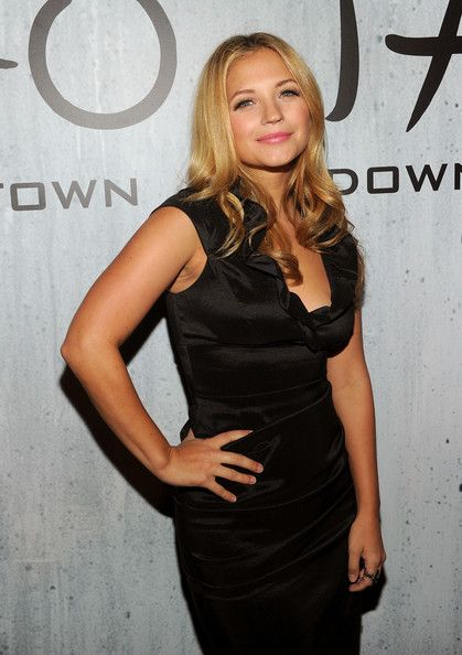 vanessa ray | Vanessa Ray Actress Vanessa Ray attends TAO Downtown Grand Opening on ...